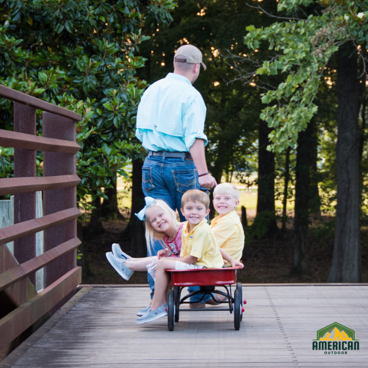 Make Family Vacations More Fun with Push and Pull Wagons