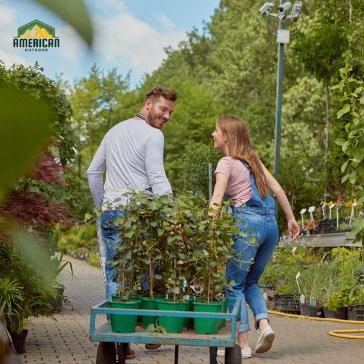 Explore The Benefits Push and Pull Wagons Can Have on Your Gardening Tasks